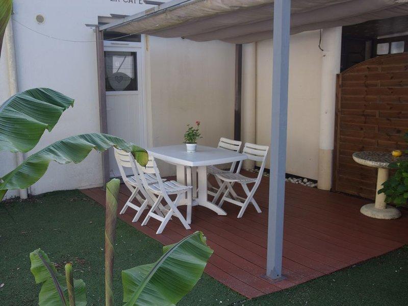 Charmant T1 en Rez de Jardin, holiday rental in Donges