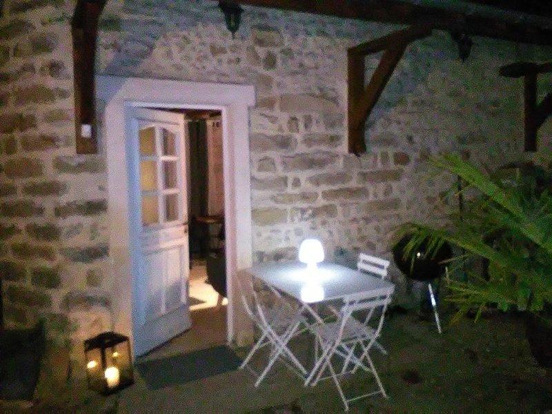 Gîte  'la petite maison' dans un joli village à  la campagne, location de vacances à Champcueil