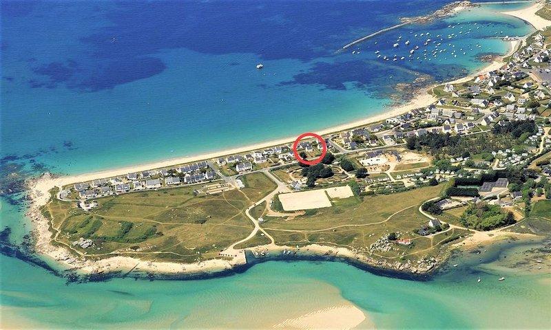 Villa Aezhenn, à 50m de la plus belle plage de Plouescat, vue mer, casa vacanza a Plouescat