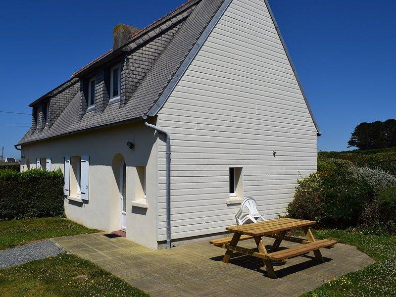 Gîte mitoyen ( Gîte Typoul ) 5personnes, casa vacanza a Plouescat