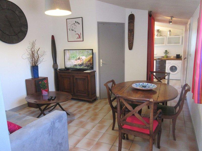 Ravissant 2 pièces proche centre et plages, aluguéis de temporada em Olonne-sur-Mer