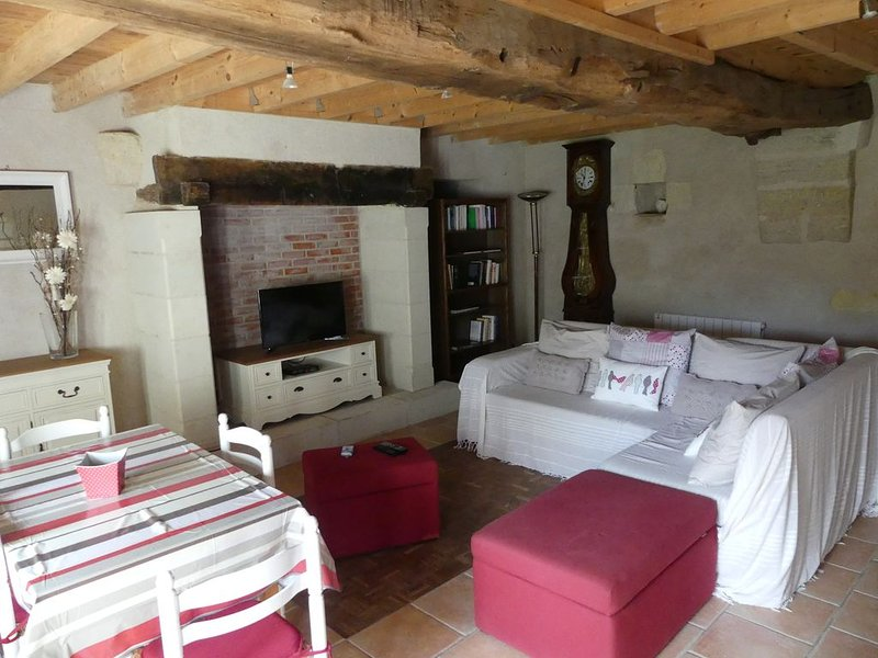Maison de caractère à la campagne, vacation rental in Doue-la-Fontaine