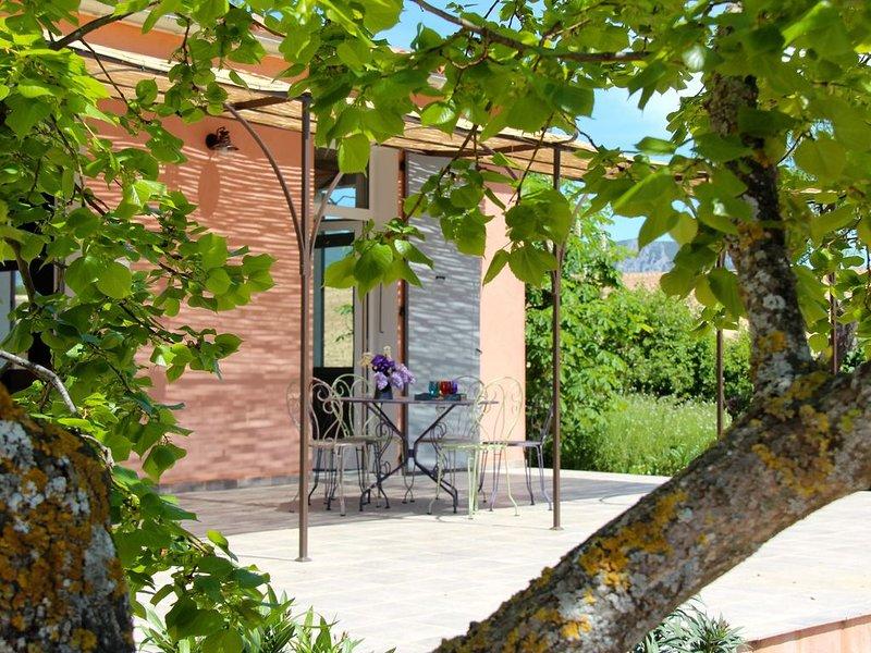Les gîtes de l'École, vacation rental in La Palud sur Verdon