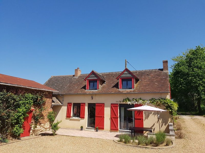 Charmante maison 24h Le Mans Boulerie Jump / Lovely country house in Le Mans 24h, holiday rental in Domfront-en-Champagne