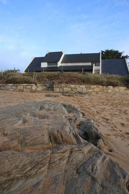 the house, the beach, the sea
