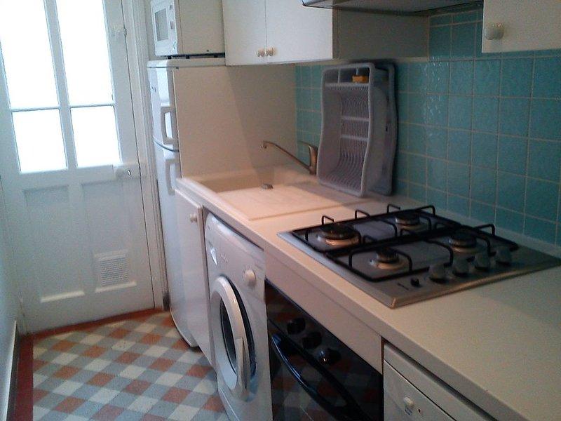 Maison a Deauville - Entre centre-ville et mer - 4 chambres - De 4 a 7 personnes, aluguéis de temporada em Deauville