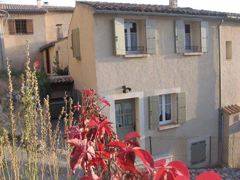 MAISON DE  CHARME CENTRE VILLAGE CLASSÉE 3 ETOILES LA BARTAVELLE, vacation rental in La Palud sur Verdon