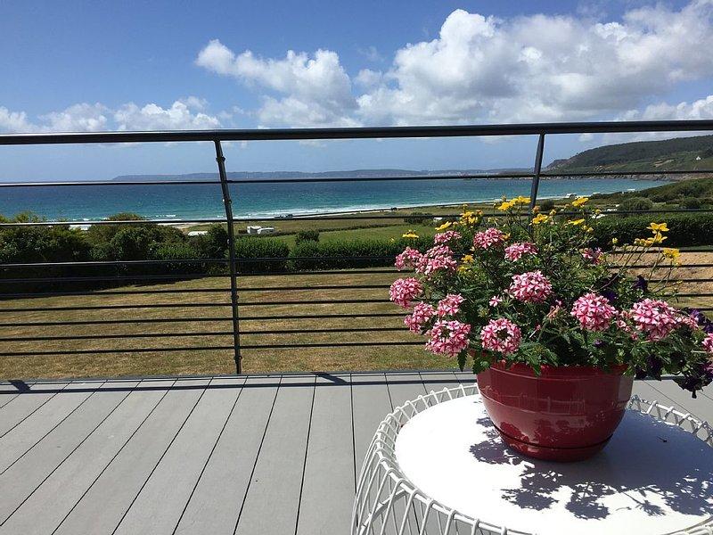 Villa KERLE, 8 personnes, vue mer panoramique, holiday rental in Telgruc-sur-Mer