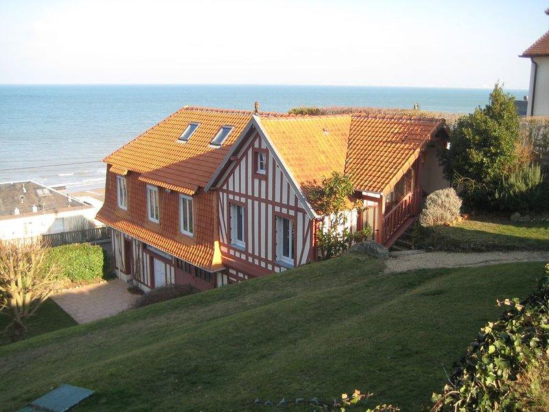Maison au calme, à 2 pas de la mer ,avec superbe vue et proche du centre ville, location de vacances à Deauville