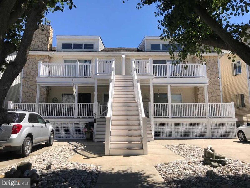 Adorable, newly renovated condo 3bd/2ba, alquiler de vacaciones en Wildwood