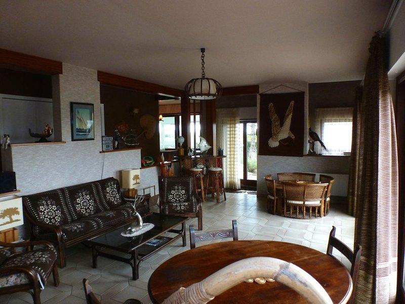 Grande maison de famille à 300m de la plage., holiday rental in Doelan