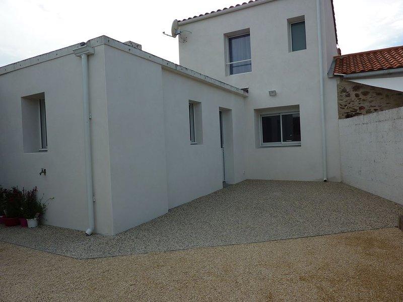 Très jolie maison proche des Sables d'Olonne 3 Chambres Animaux acceptés, holiday rental in L'Ile-d'Olonne