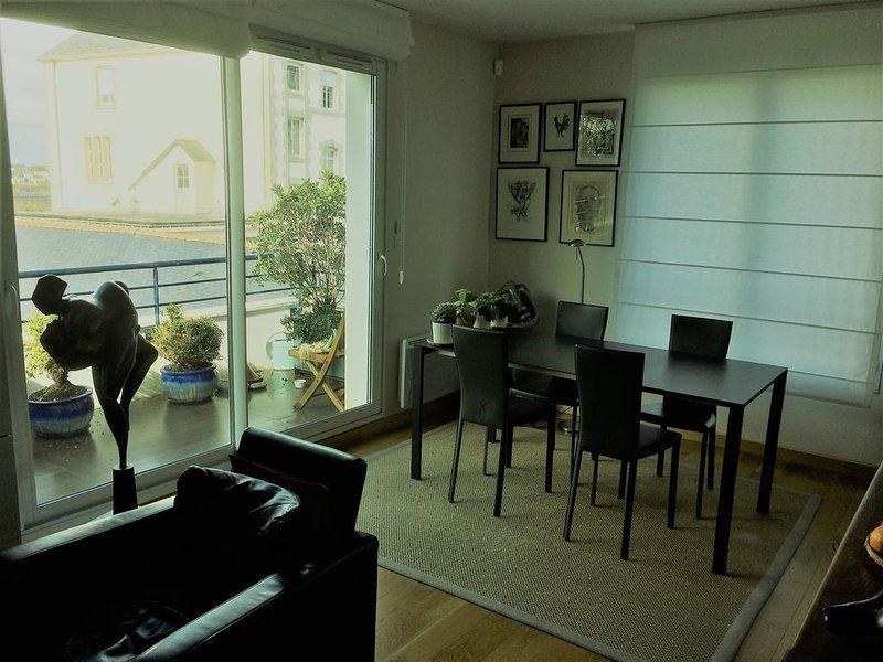 Appartement 55 m2 pour couple dans belle résidence. Balcon, box fermé., casa vacanza a Vannes