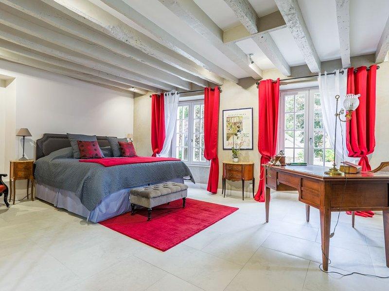 Bel appartement de charme prés de Paris Saclay Versailles - terrasses et jardin, aluguéis de temporada em Chevreuse