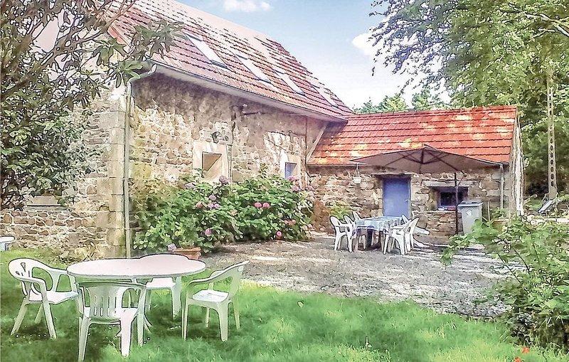 2 Zimmer Unterkunft in Lannion, vacation rental in Lannion