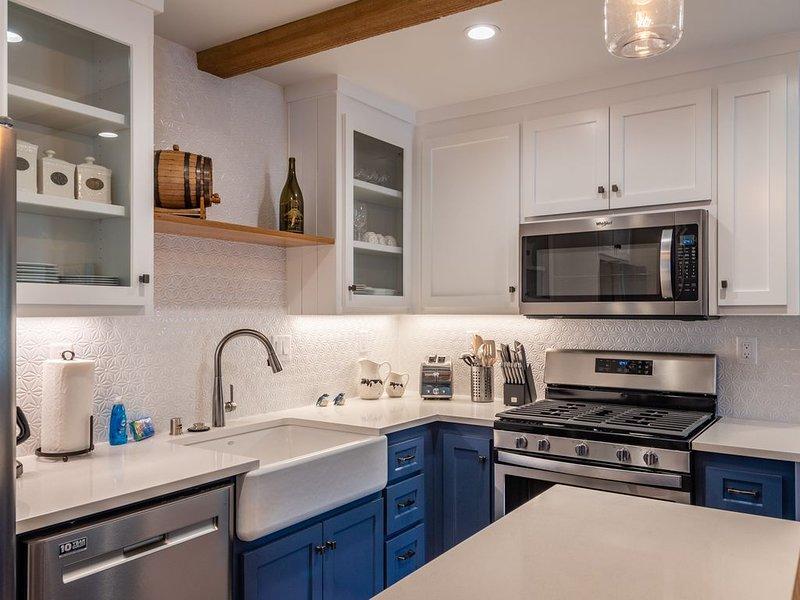 The Top Shelf--New Downtown Property!, aluguéis de temporada em Paso Robles
