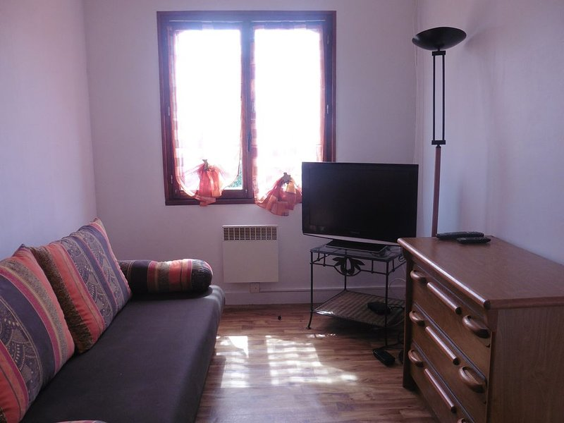 Maison 4 personnes entre Rennes et Saint-Malo, holiday rental in Bedee