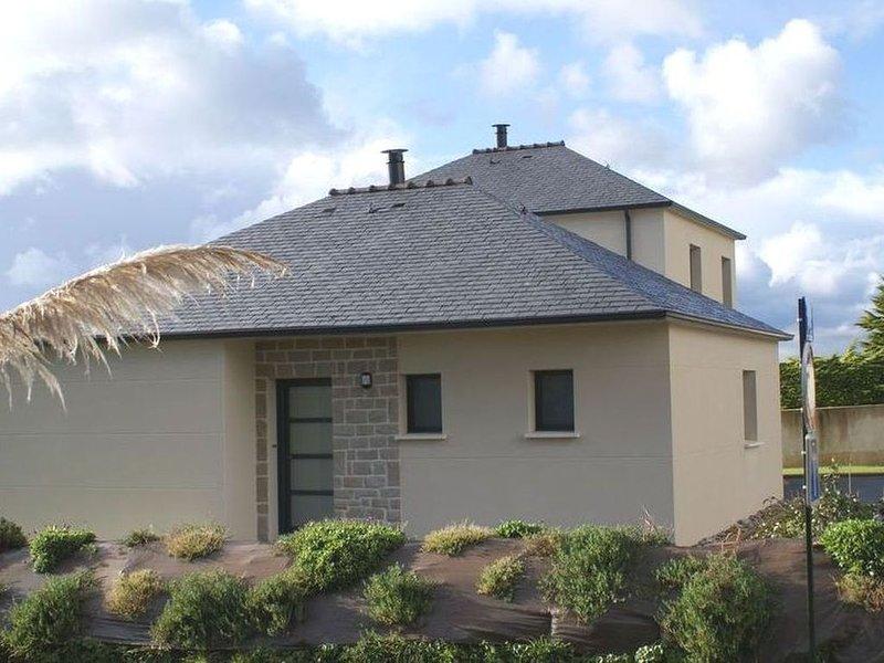 LC 13   Villa neuve de plain pied à 150m de la plage à Le Conquet, holiday rental in Trebabu