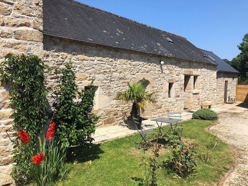 Baie de DOUARNENEZ tout compris 6 personnes jacuzzi et sauna, holiday rental in Treboul