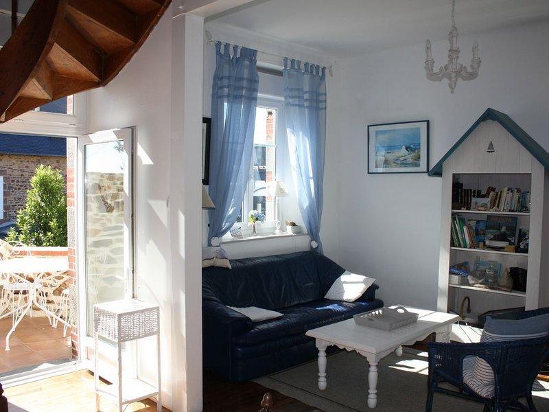 Ker bleue charmante maison individuelle à perros guirec, location de vacances à Perros-Guirec