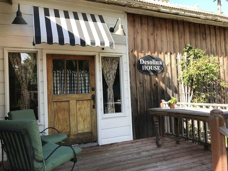 DeSolina Cottage in Old Edna, alquiler vacacional en San Luis Obispo