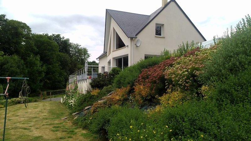 Chambre privée en Suisse Normande proche de la voie verte, holiday rental in Culey Le Patry