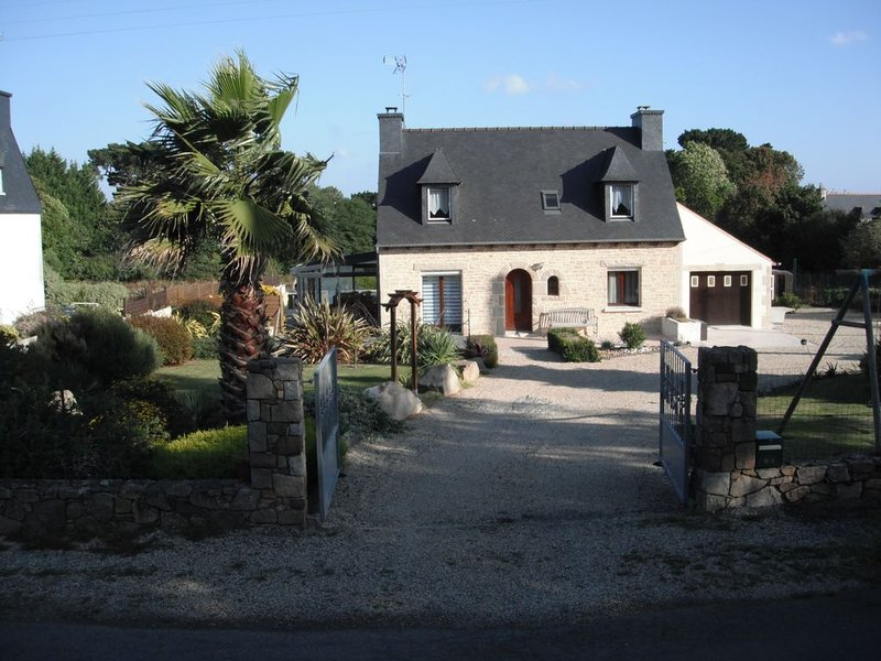 Petite maison bretonne du samedi au samedi, holiday rental in Paimpol