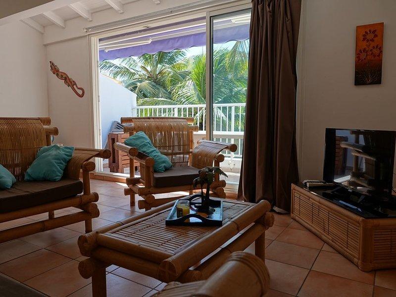 Ti' Calypso:  charmant T2, les pieds dans l'eau à l'Anse, casa vacanza a La Pagerie