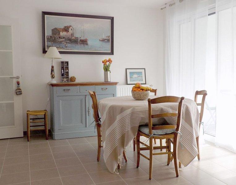 3 pièces neuf pour 4 pers au coeur de Carnac, holiday rental in Carnac