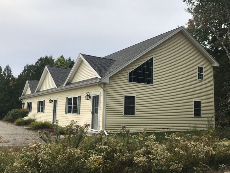 Flying Mountain Townhouse, holiday rental in Seal Cove