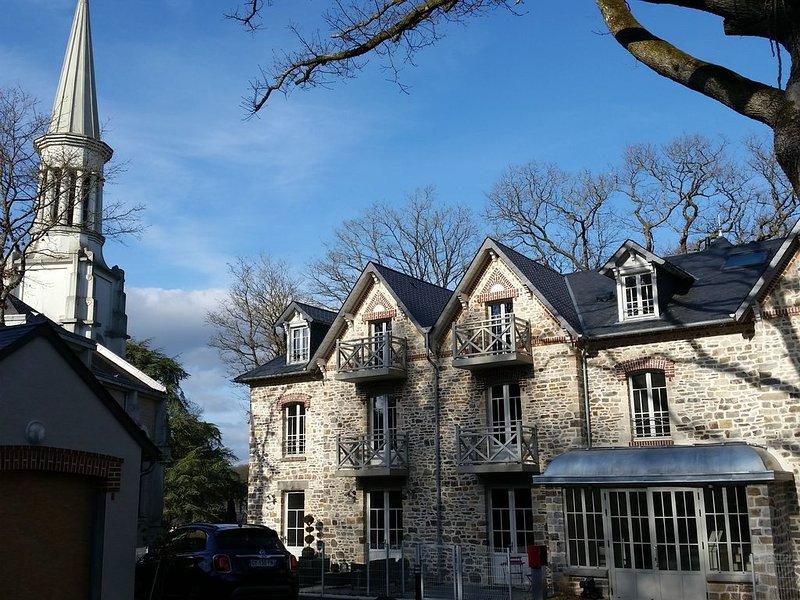 un appartement tout neuf et tout confort au centre de Bagnoles de l'Orne, vacation rental in Sainte-Marie-du-Bois