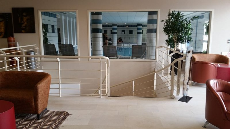 swimming pool, spa, hammam in Beryl, 200 meters from the residence