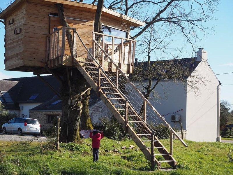 Maison entre mer et campagne, 6 pers avec cabane dans un arbre, casa vacanza a Nivillac