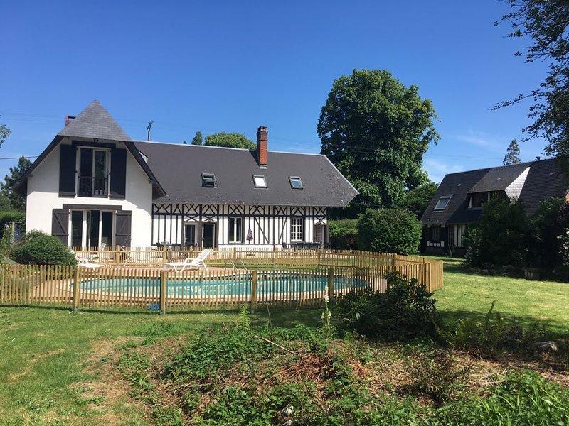 Maison en Normandie proche de Brionne, le Bec Hellouin . 1h30 de Paris, holiday rental in Brionne