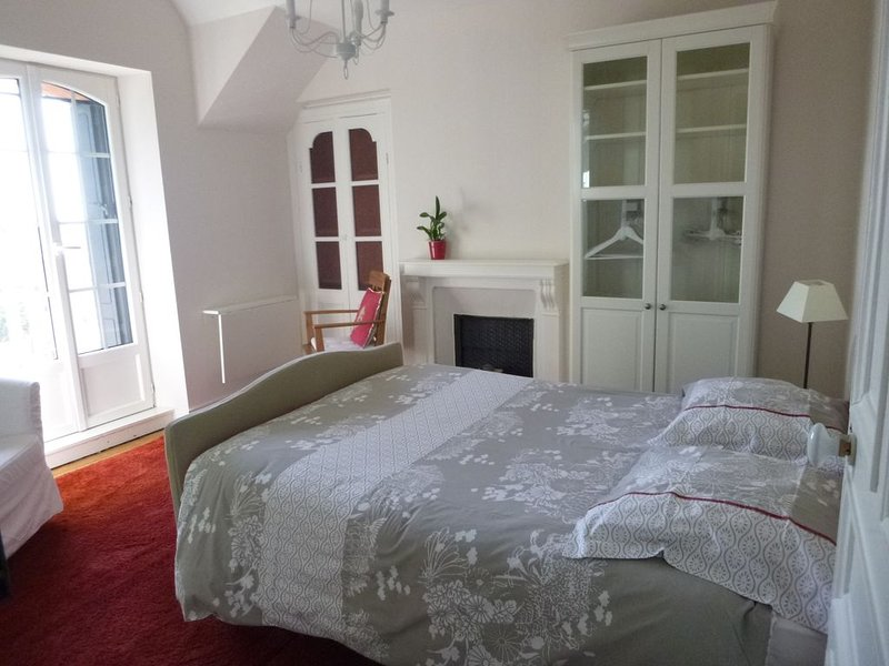 Appartement Villa Kergoarem - CROZON - vue sur mer exceptionnelle - OT*** – semesterbostad i Crozon
