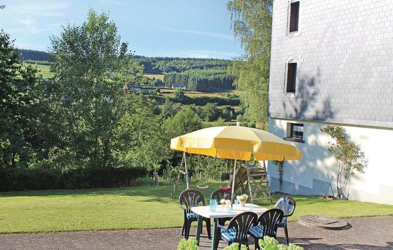 4 Zimmer Unterkunft in Schönberg, holiday rental in Bleialf