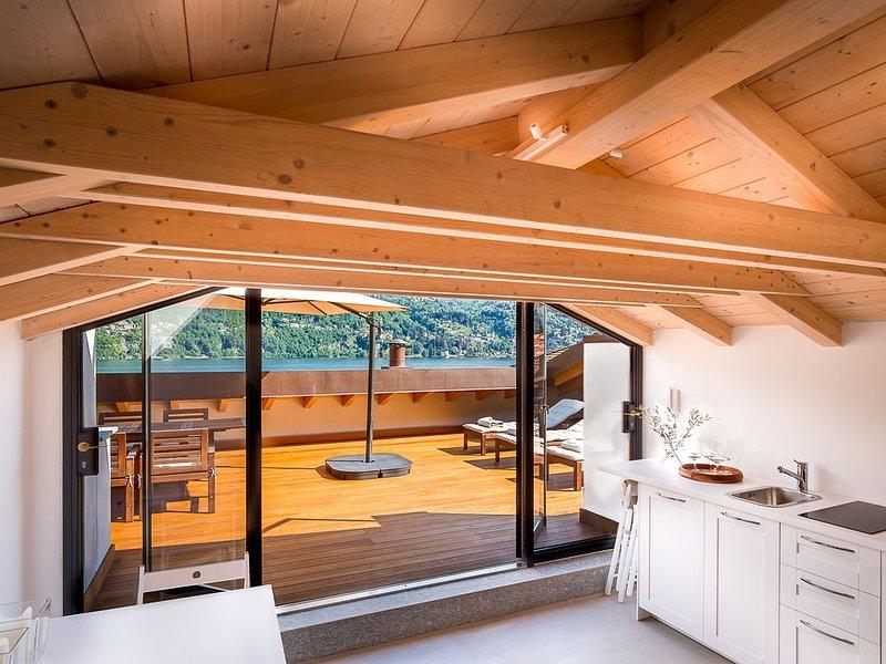 NUMERO 6 - A house with a view - Lake Como, Italy., alquiler vacacional en Laglio