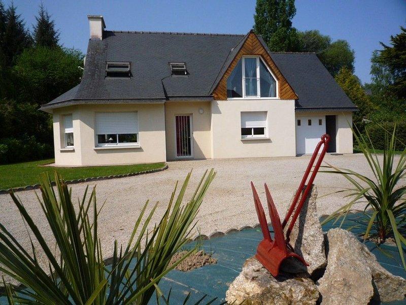 Maison de vacances, Locquirec, 7 personnes, 100 m plage., alquiler vacacional en Locquirec