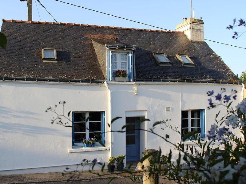 La P'tite Maison aux Volets Bleus — Petit Gîte du Centre Bretagne, alquiler vacacional en Mohon