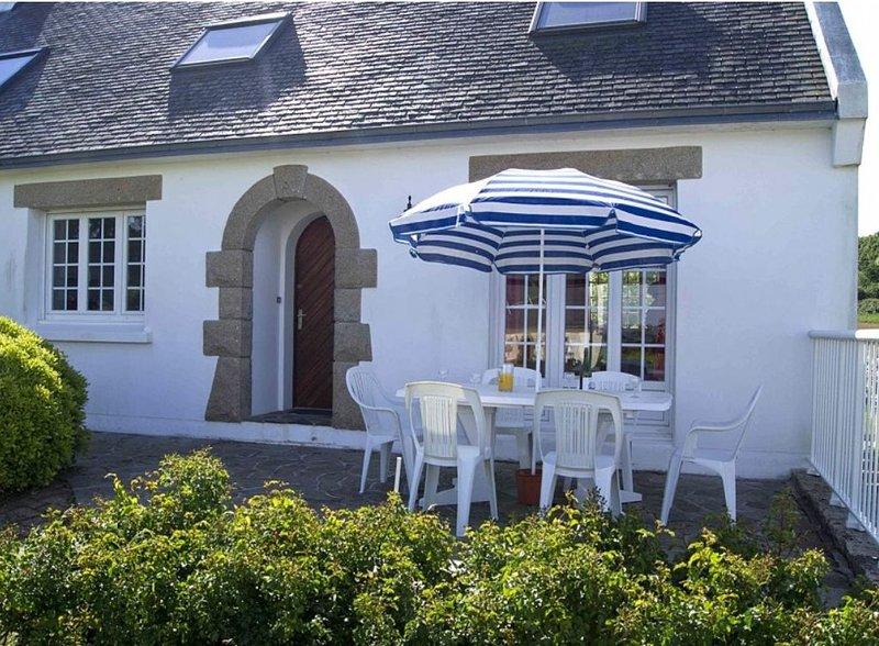 Presqu'ile de Crozon belle maison proche de la mer et du sentier côtier, vacation rental in Lanveoc