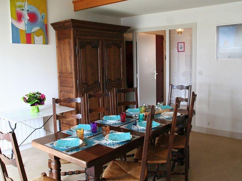 Grand appartement à 2 min de la Grande Plage de Port-Navalo, vacation rental in Arzon