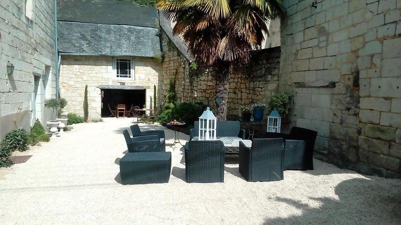 Chambre d'hôtes à 15 minutes de Saumur, aluguéis de temporada em Varennes sur Loire