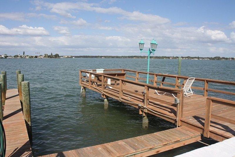 Waterfront Condo With Spectacular View, aluguéis de temporada em Treasure Island