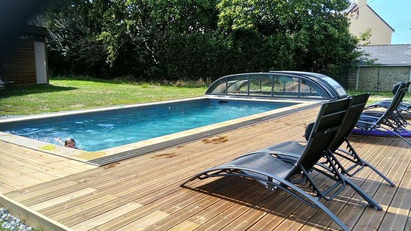 Gîte*** de charme 'La Grange' en Bretagne Sud avec accès piscine chauffée, vacation rental in Saint-Dolay