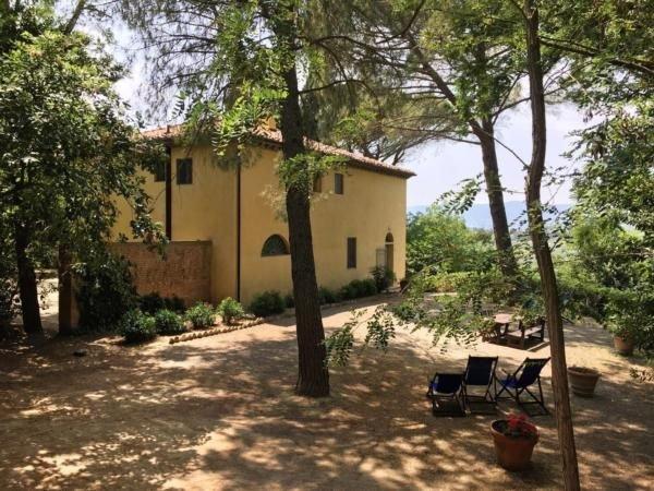 Ferienwohnung Lorenzana für 4 Personen mit 2 Schlafzimmern - Bauernhaus, holiday rental in Parrana San Martino
