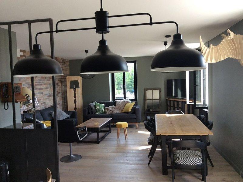 Appartement neuf en centre ville et  à 50 m de la grande plage du Pouliguen, holiday rental in Le Pouliguen