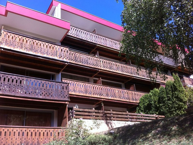 Praloup 1600: Spacieux studio 4 personnes + grand balcon plein sud, holiday rental in Le Sauze