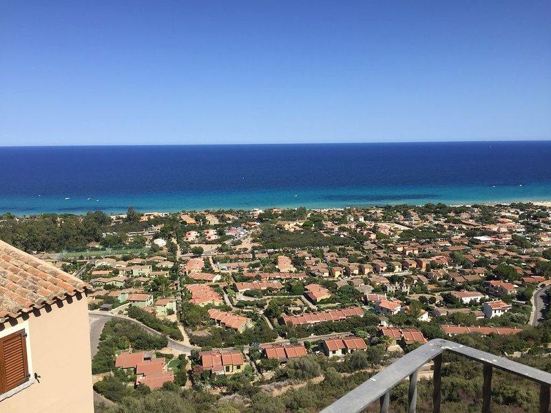 Magnifique tour pour couple vue extraordinaire Costa Rei, vacation rental in Costa Rei