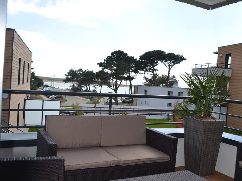 Appartement Face Ocean, plages et port à 200m., location de vacances à Guidel-Plage