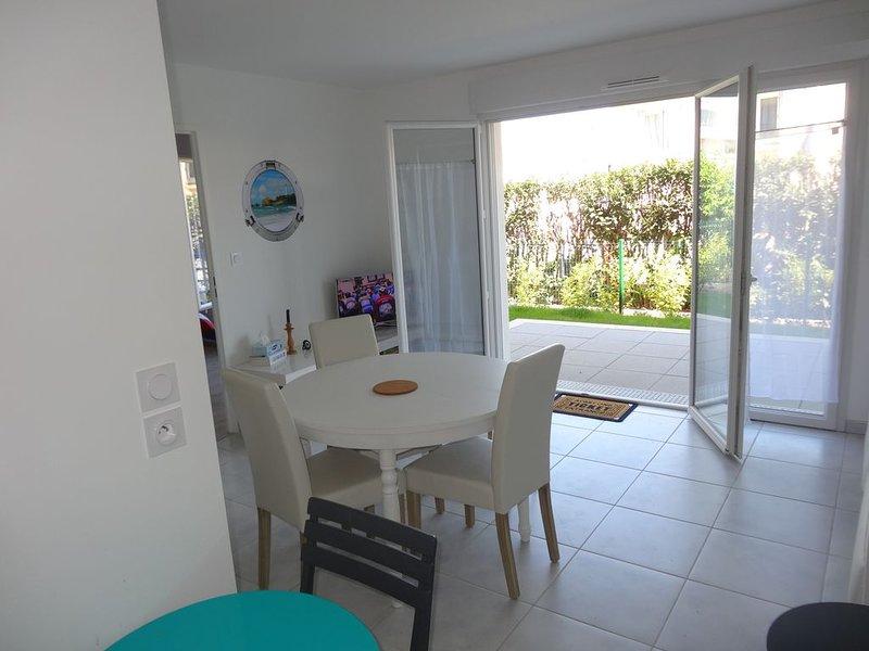 T2 neuf avec jardin en résidence sécurisée aux sables d'Olonne, aluguéis de temporada em Les Sables-d'Olonne